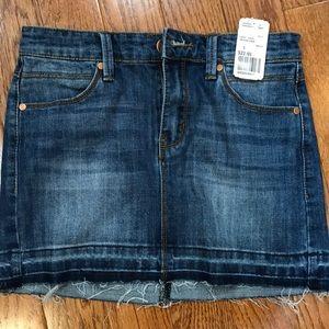 Short medium denim skirt